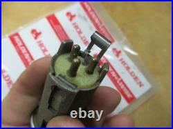 Nos Holden Hd Hr Hk Ht Hg Hq Hj Hx Hz Wagon Elctric Power Tail Gate Switch & Key